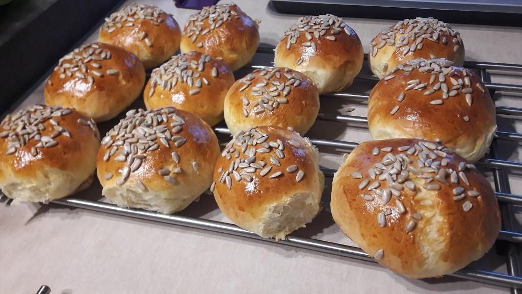 Bułki pszenne (drożdże instant)