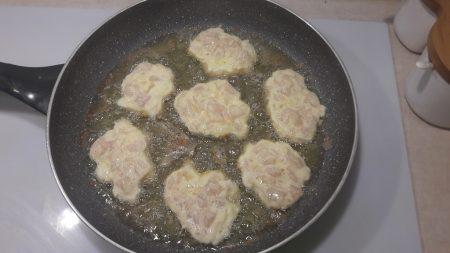 Kotlety z kurczaka pod pierzynką