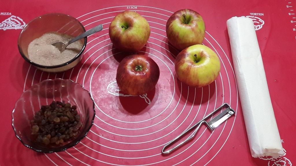 Ślimaczki cynamonowe z jabłkami