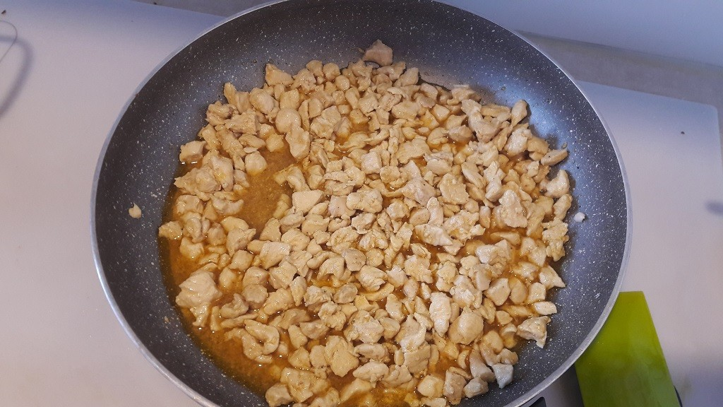 Sałatka gyros z zupek chińskich