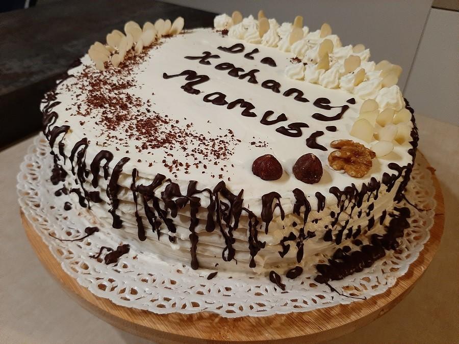 Tort tiramisu z kawowo-porzeczkową nutą
