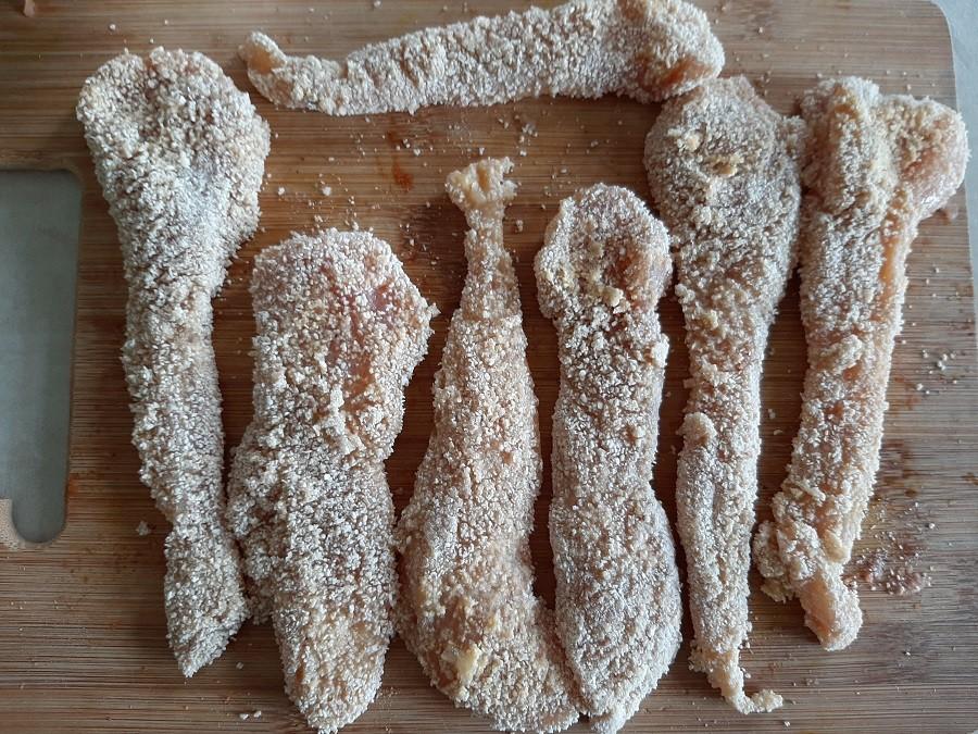 Kotlety z kurczaka w panierce z mąki kukurydzianej