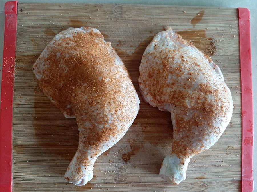 Udka z kurczaka w słodko-kwaśnym sosie z jabłek
