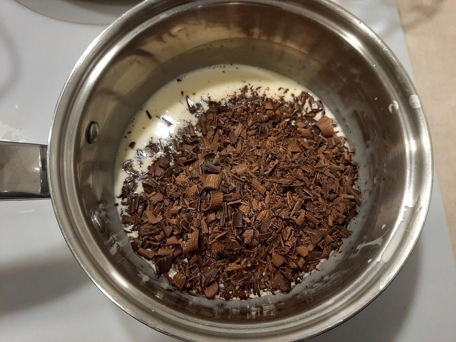 Ciastka z kremem czekoladowym