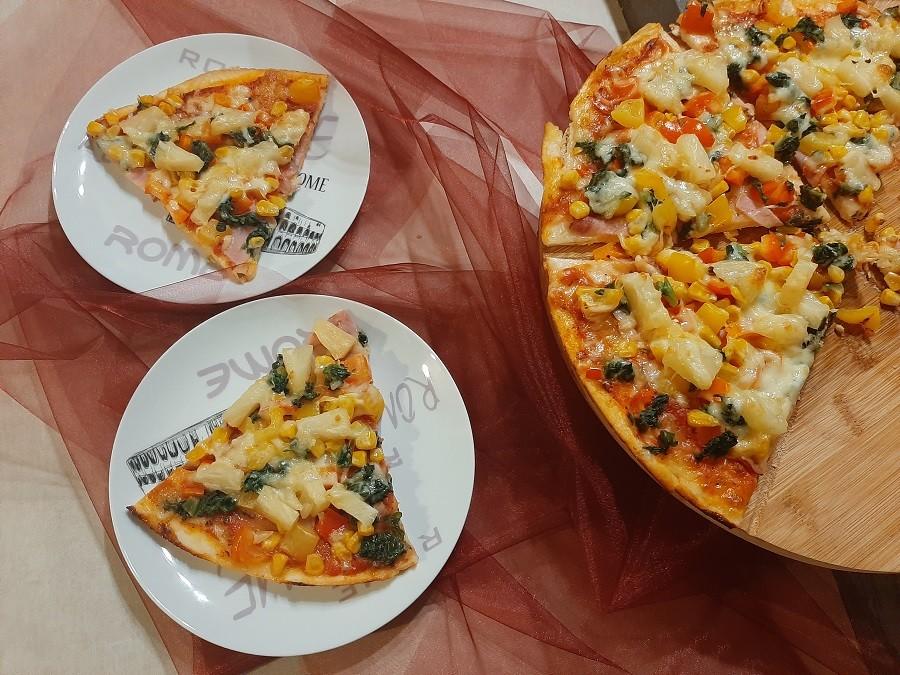 Pizza hawajska z automatu do chleba