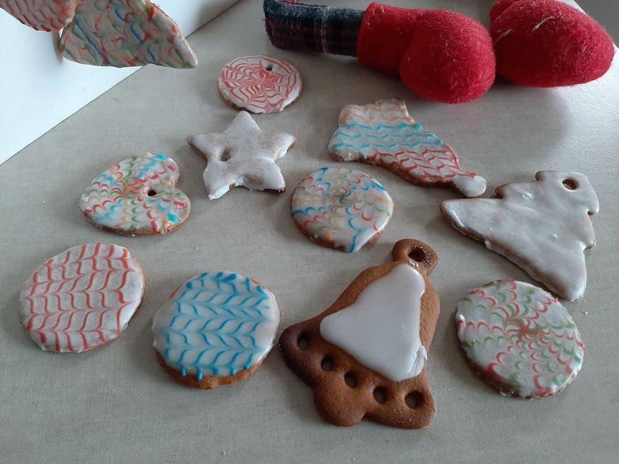 Glazura do ciastek z kolorowym wzorkiem