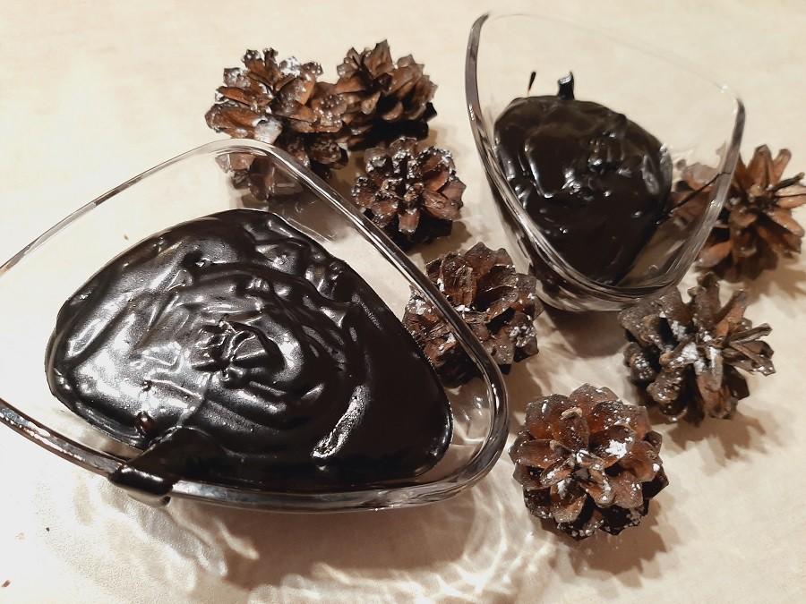 Polewa czekoladowa do ciast i deserów