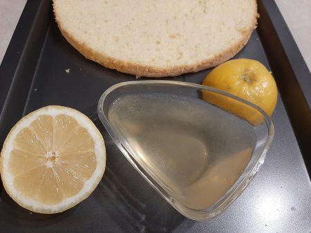 Poncz do nasączenia tortu (woda, cytryna, brandy)