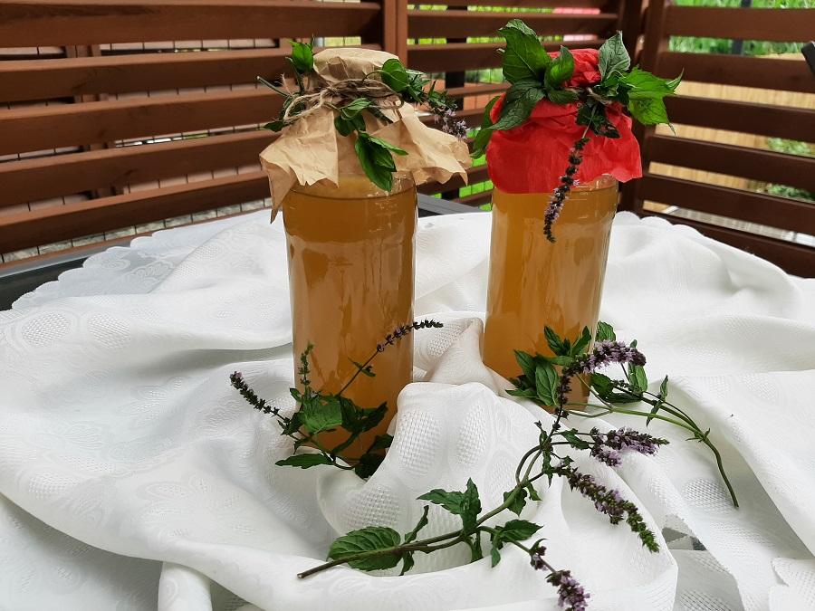 Syrop miętowy do herbaty, lemoniady i drinków