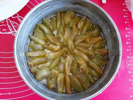 Szybkie ciasto maślane ze śliwkami